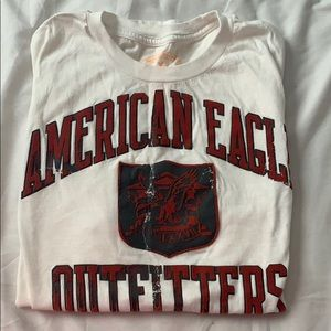 American Eagle T-shirt size medium